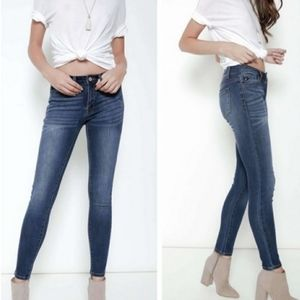 KanCan High-Rise Antique Wash Skinny Jeans Size 11
